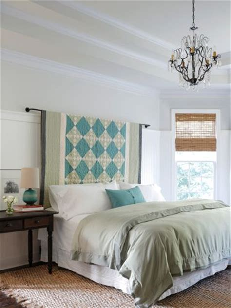 hanging fabric headboard best 25 quilt display ideas on pinterest quilting room