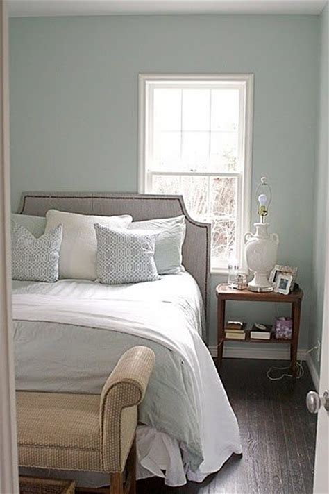 Benjamin Bedroom Colours by Best 25 Woodlawn Blue Ideas On Benjamin
