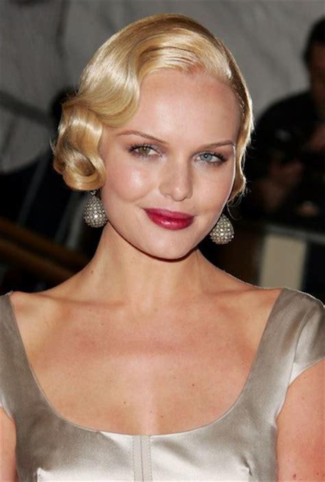 6 Steps to Creating a Modern Day Flapper Retro Hairstyle ... Modern Flapper Hair