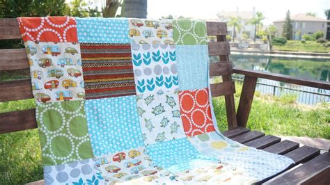 simple quilted baby blanket favequilts