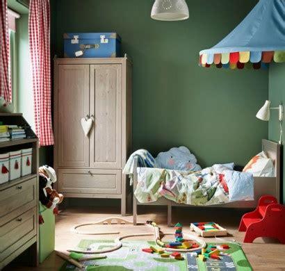 kinderzimmer teppich schlicht ikea kinderzimmer schicke holzm 246 bel f 252 r ihre kleinen