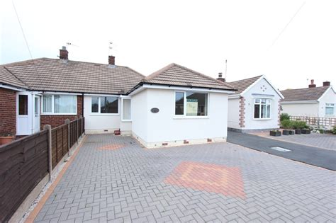 detached bungalow martin co blackpool 2 bedroom semi detached bungalow for