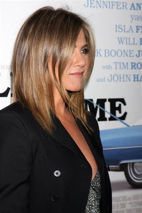 straight blunt haircuts with layers on ends the 25 best ideas about jennifer aniston hair color on