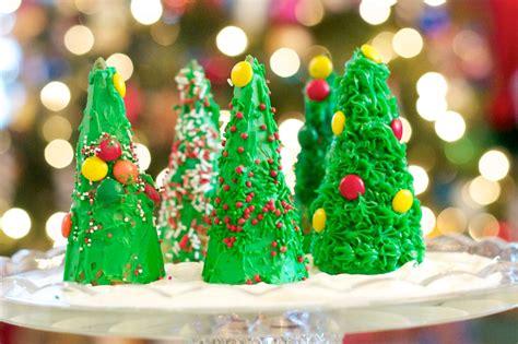 novelty edibles for christmas to make edible tree craft