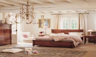 vintage bedroom lighting country chic bedroom decorating