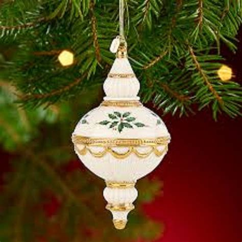 lenox 2013 annual holiday spire ornament holly berries