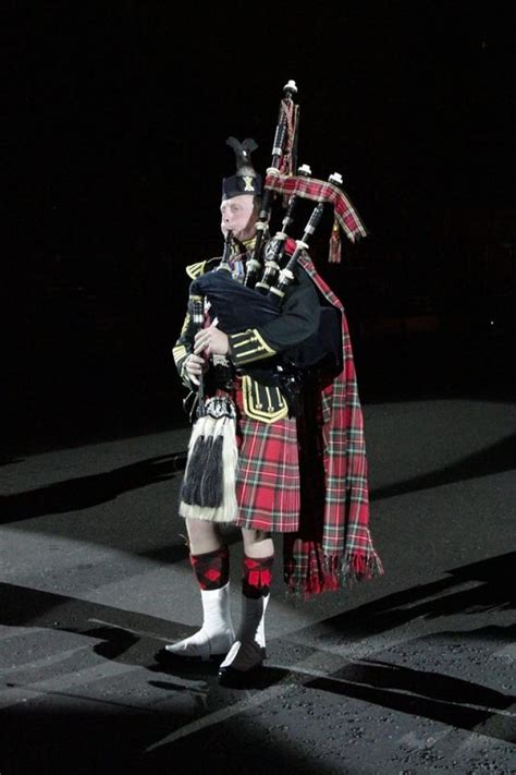 tattoo in edinburgh 2016 in pictures royal edinburgh military tattoo opening night