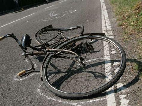 casa invest afragola afragola morto ciclista africano travolto da pirata della