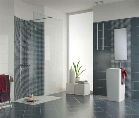 trendige badezimmerfarben graue fliesen f 252 rs badezimmer 61 bilder die sie