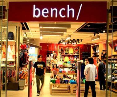 bench clothing outlet full list of retail stores restaurants and services in newport mall