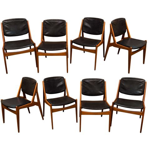Arne Vodder Dining Chairs Set Of Eight Arne Vodder Dining Chairs At 1stdibs