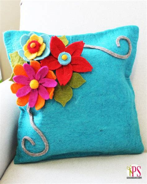 17 best ideas about felt flower pillow on felt