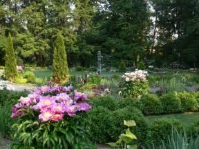 What Is A Flower Garden File Prospect Garden Flower Garden 2 Princeton Jpg Wikimedia Commons
