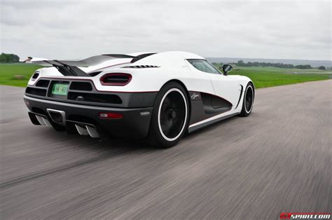koenigsegg highway koenigsegg agera r review test drive