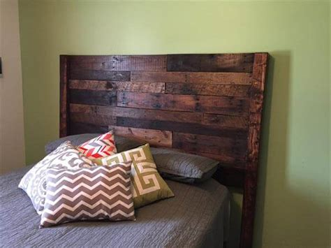 size of queen headboard pallet queen size bed headboard pallet furniture diy