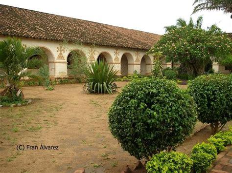 fuentes patio interior misi 243 n de san jose de chiquitos patio interior fuente