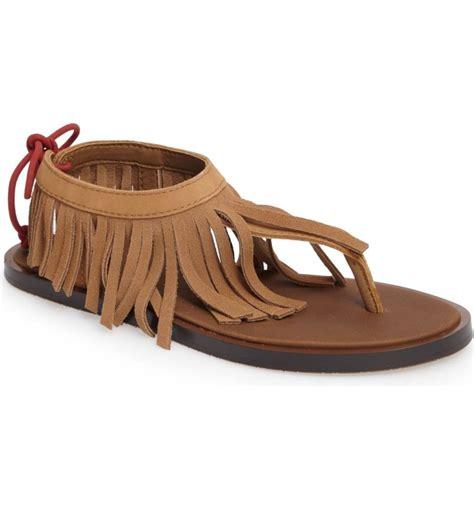 fringe sandals the best flat fringe sandals on trend for 2017