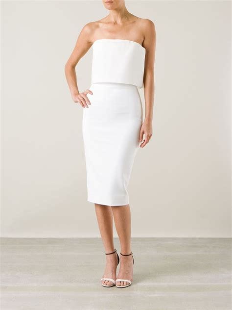 Beckham Dress kate beckinsale flaunts pert cleavage in white