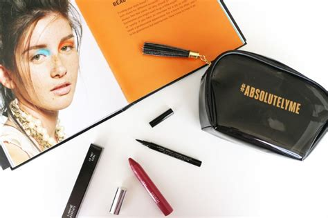 Lakme Absolute Reinvent review lakm 233 absolute reinvent instant glam kit