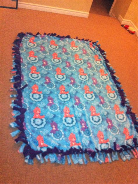 No Sew Fleece Quilt Blanket by No Sew Fleece Blanket Randomzz