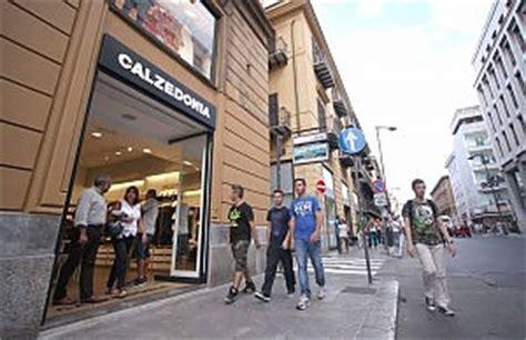 barraja mobili palermo addio ai negozi storici cos 236 cambia via ruggero settimo