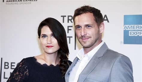 jessica ciencin henriquez bio josh lucas wife files for divorce as she progresses to
