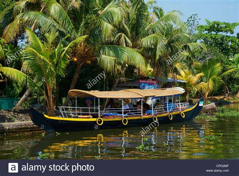 kerala fishing boat images boats kerala stock photos boats kerala stock images alamy