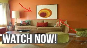 picking paint colors for living room choosing wall paint colors for living room youtube