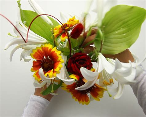 how to arrange flowers how to arrange flowers 14 steps with pictures wikihow