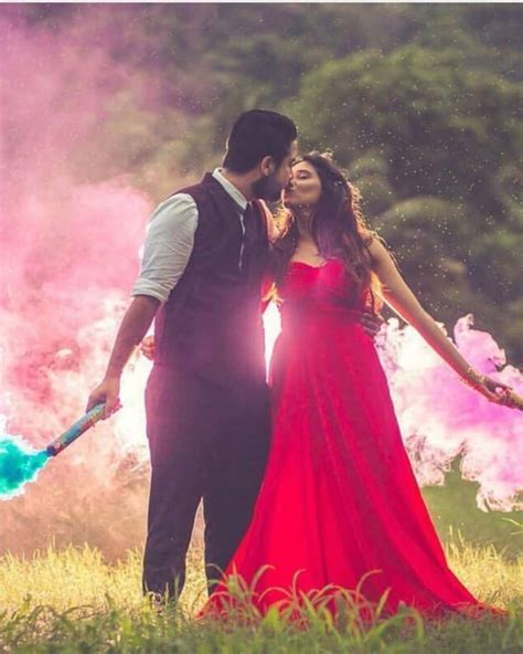 31 Unique Pre Wedding Photo Shoot Ideas for Every Couple