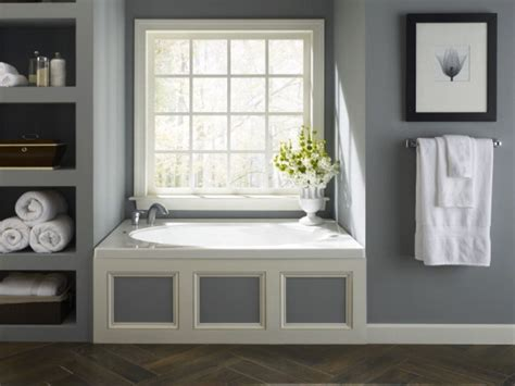 Bathtub Built In by Built In Shelves And A Whirlpool Tub Add A Modern