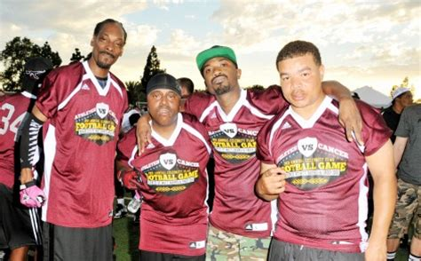 Does Snoop Dogg A Criminal Record State Trooper In Trouble For Selfie With Snoop Dogg Mui Daily News