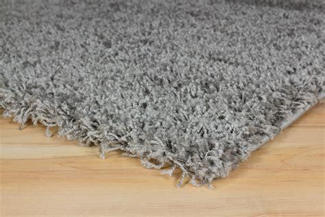 teppich langflor grau langflor teppich grau uni hochflor versch gr 246 223 en