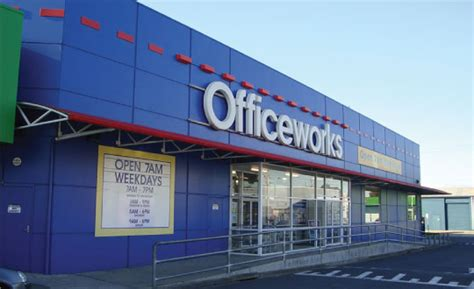 study how officeworks achieves hr success with pageup