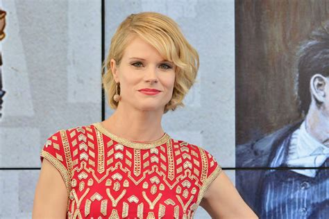 joelle carter picture 16 the annual make up artists and hair joelle carter photos photos 2015 critics choice tv