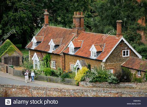 Cottage Dormer Windows Brick Cottages With Dormer Windows And Gardens In