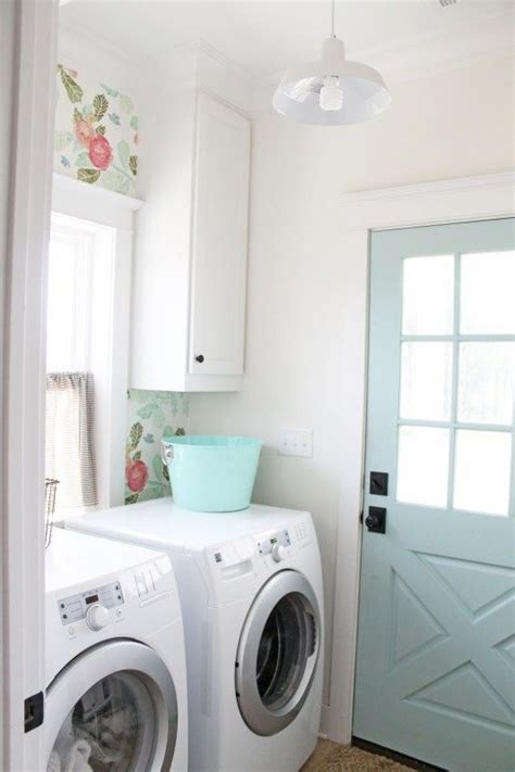 25 best ideas about laundry room wallpaper on laundry decor laundry and