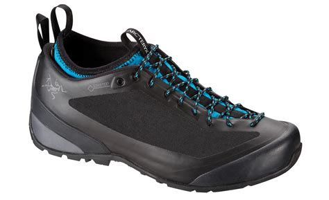 approach climbing shoes review our top 5 approach shoes climbing magazine