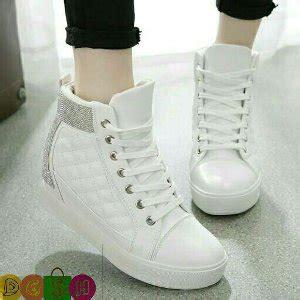 Baru Baru Sepatu Boot Wanita Boots Korea Tali Sbo91 2 jual beli sepatu boots wanita model korea baru jual