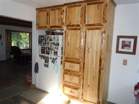 rustic cedar kitchen cabinets crafted custom rustic cedar kitchen cabinets by king