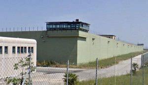 casa circondariale vibo valentia nel carcere di vibo genitori detenuti e figli possono