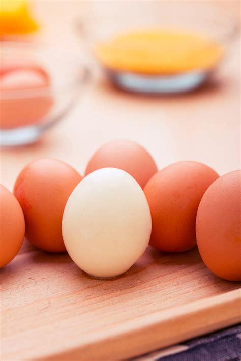 come cucinare le uova sode come cuocere uova sode in maniera alternativa grand chef