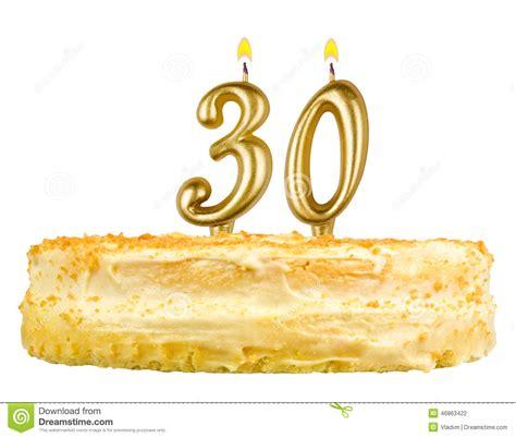 torta con candele torta di compleanno con le candele numero trenta