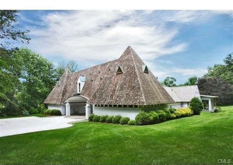 house of the week pyramid house in connecticut zillow