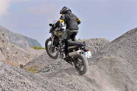 bmw fgs  modest updates asphalt rubber