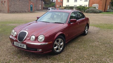 Car Types Cheap by Insanely Cheap Luxury Cars For Less Than 163 1 500 Motoring