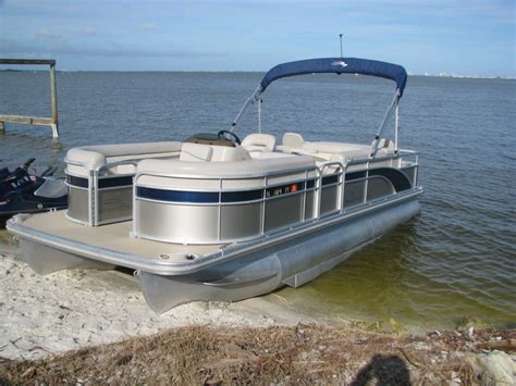 boat rentals near my location 2015 22 foot bennington pontoon boat with a 90 hp yamaha