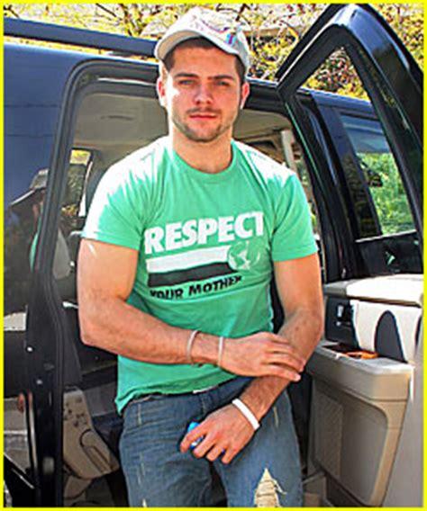Conrad With Chris Richardson by Chris Richardson Lewis Backseat Boys American