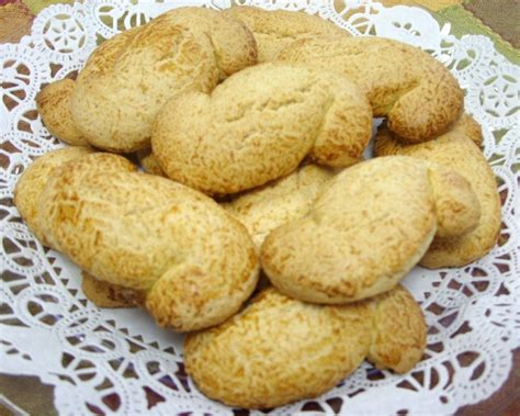 shaped cookies italian quot s quot shaped sorentto cookies made