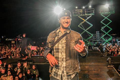 luke bryan farm tour lineup luke bryan tickets tour dates vivid seats upcomingcarshq
